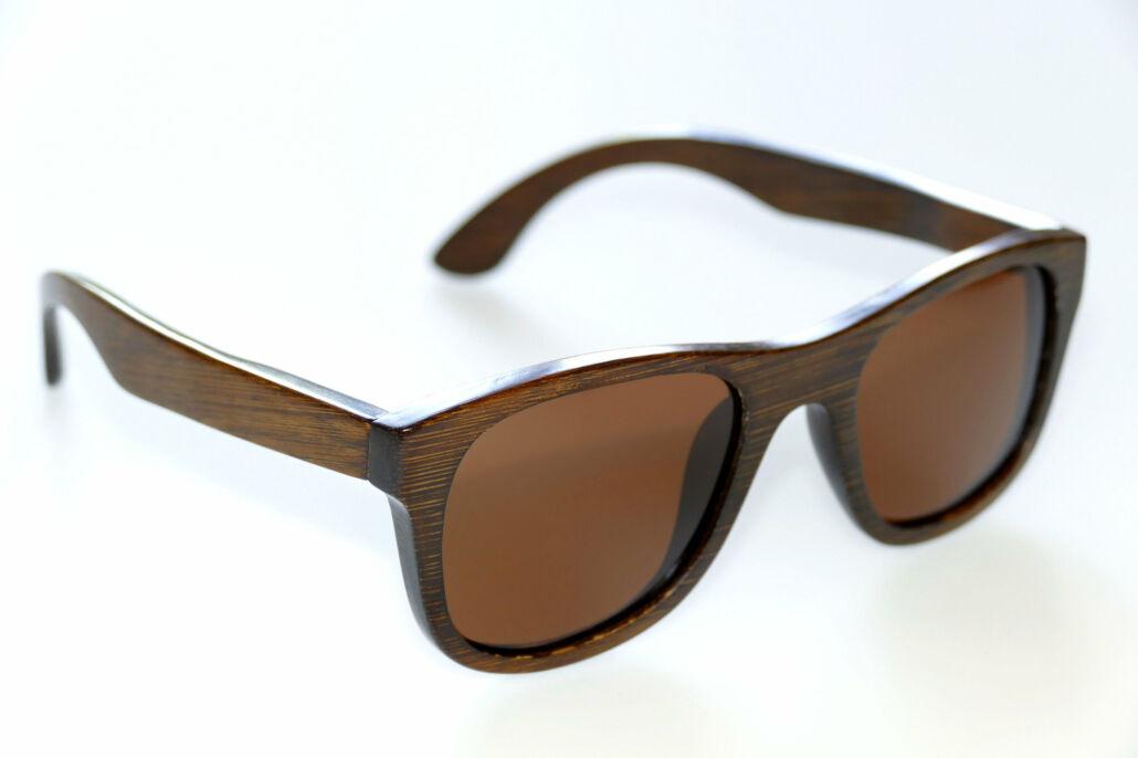 Sonnenbrille mit Bambusgestell