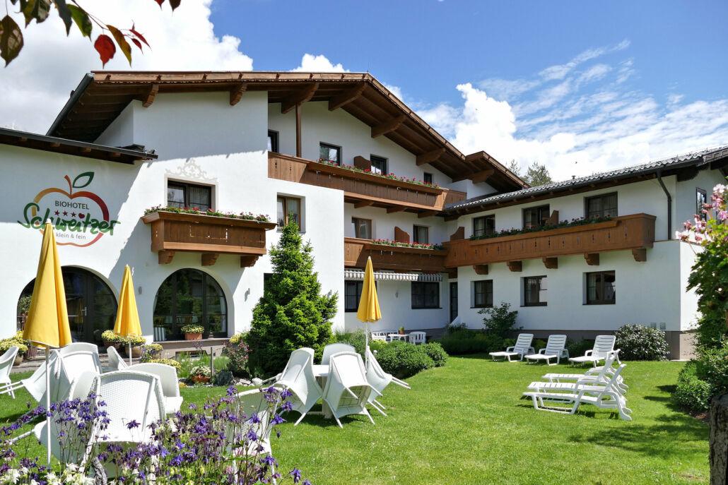 Bio-Hotel Schweitzer Blick vom Garten