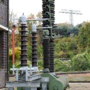 Ausgediente Hochspannungs-Stromwandler