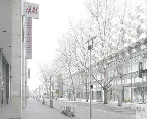Dresdner Prager Strasse mit Centrum Galerie ohne Menschen